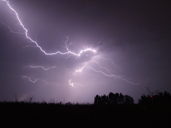 lightning-342341_1920